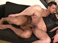 broad in the beam milf riding and sucking a cock